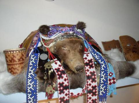 Медвежий праздник у хантов и манси. Традиции народов России для детей 2 класса